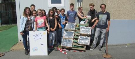 Les classes de 3ème du collège INTERPAROISSIAL réalisent un panneau solaire thermique